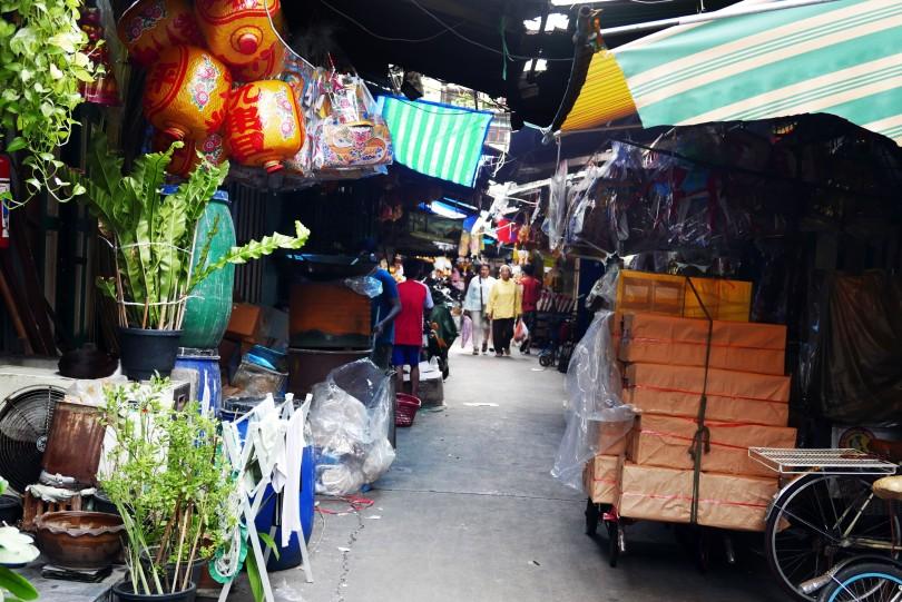 12. chinese market 3